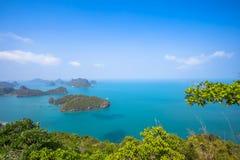 En strand av Angthong Marine National Park Beskåda Arkivbild