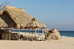 En strandkoja på den bulgariska stranden Royaltyfria Foton