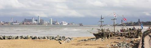 En svart pärlemorfärg panorama längs tidskriftpromenad, nya Brighton Royaltyfri Bild