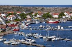 En svensk kust- by Royaltyfria Foton