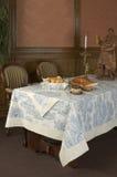 En tabell i en restaurang Arkivfoton