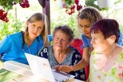 En tales edades usted debe unirse a nuestro ambiente Imagen de archivo libre de regalías
