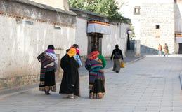 En tempel i Rikaze, Tibet, Zhashilunbu tempel arkivbilder