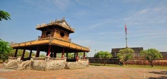 En tempel på Hue Citadel i ton, Vietnam Fotografering för Bildbyråer