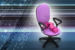En tom stol med frågefläcken Royaltyfri Foto