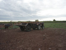 En traktor i Inner Mongolia Royaltyfria Foton