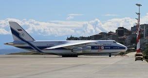 An-124 en Trebisonda Foto de archivo libre de regalías