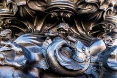 En typisk sikt runt om Piccadilly Circus royaltyfria foton