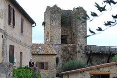 En tyst dag på Monteriggioni royaltyfria foton