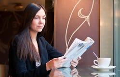 En un café Imagen de archivo