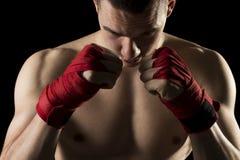 En un entrenamiento del boxeo de retroceso Fotos de archivo libres de regalías