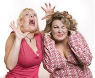 En un susto rubio blanco de las mujeres adultas del fondo dos Fotos de archivo
