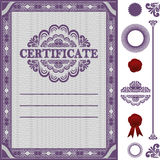 Plantilla del certificado con los elementos adicionales. Imagen de archivo libre de regalías