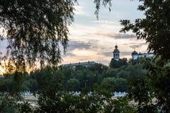 En underbar afton på floden Ural Arkivbild