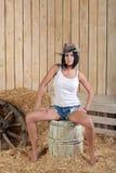 Flicka i cowboyhatt Royaltyfri Fotografi