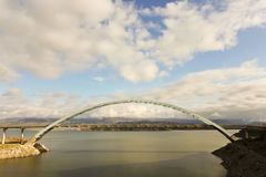 En upphängningbro på Arizona tillståndsrutt 188 Royaltyfri Foto
