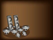 En uppsättning av högtalaren på bakgrund för mörk brunt Arkivfoton