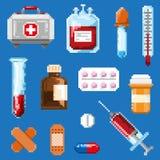 En uppsättning av PIXELobjekt förband med medicin stock illustrationer