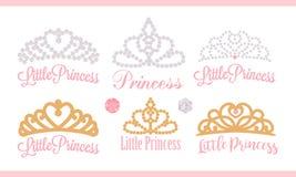 En uppsättning av små diademar Vektordesignbeståndsdelen för kungligt parti behandla som ett barn, den brud- duschen; gifta sig:  Arkivfoto