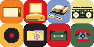 En uppsättning av symboler av retro elektronik för gammal tappning, en kinescopeTV, en kassettbandspelare från 70-tal, 80-tal och stock illustrationer