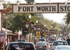 En upptagen dag i de Fort Worth kreatursinhägnaderna Royaltyfria Foton