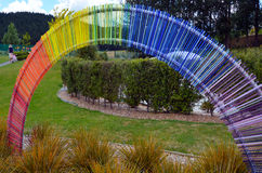 En utomhus- exponeringsglasträdgård nära Taupo, Nya Zeeland Arkivbild