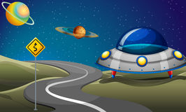En väg nära planeterna Royaltyfri Bild