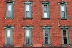 En vägg av åtta fönster Royaltyfri Foto