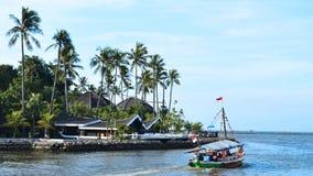 En välkänd strand i Bandar Jakarta, Indonesien Arkivfoto