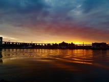 En värd uppehälle för solnedgång för Fotografering för Bildbyråer