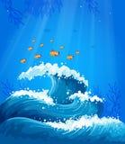 En våg och fiskar under havet Royaltyfria Bilder