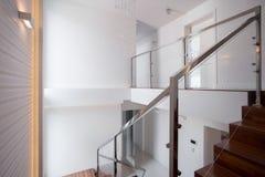 En-våning villa arkivbild