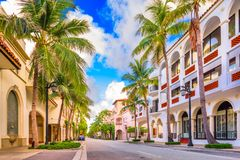 En valeur le Palm Beach d'avenue photos stock