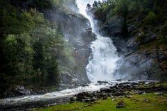 En vattenfall i Norge Arkivbilder