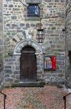 En Velay, France de Cloître Accueil Isabelle Romee Le Puy de Frances Image libre de droits
