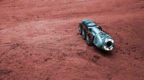 En verklig science fictionbild, en maskin på Mars royaltyfri fotografi