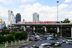 EN Victory Momument The BTS uno de la marca de tierra en la ciudad de Captital de Tailandia imagen de archivo