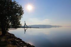 En vindstilla sommarmorgon Arkivfoto