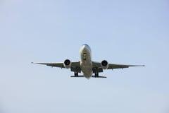 En vol plat image libre de droits