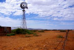 Outback Windmill Arkivfoton