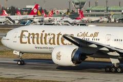 A6-ENA Emiraten, Boeing 777-31H/ER Royalty-vrije Stock Foto's