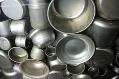 Enamelware som produceras på fabriken av Oskar Schindler Royaltyfri Foto