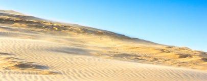 Tempestad de arena sobre las colinas Fotografía de archivo