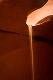 Enarene la línea en un barranco más bajo del antílope bajo luz del sol Imagen de archivo libre de regalías