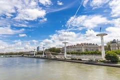 Enbankment του ποταμού Ροδανού στη Λυών, Γαλλία Στοκ Εικόνες
