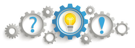Encabeçamento da resposta de Gray Blue Gears Question Bulb Fotografia de Stock Royalty Free