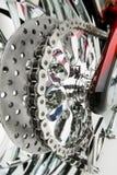 Encadenamiento de la motocicleta Fotografía de archivo