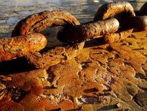 Encadenamiento oxidado Imagen de archivo libre de regalías