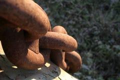 Encadenamiento oxidado Fotos de archivo libres de regalías