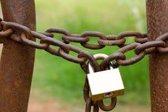 Encadenamiento y bloqueo Foto de archivo libre de regalías